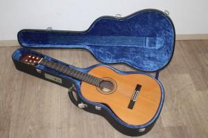 MATSUOKA RYOJI 松岡 良治 クラシックギター M100 ハードケース付き