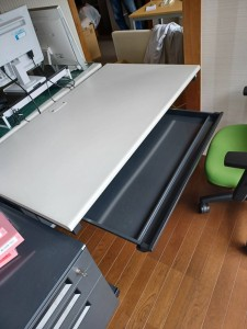 recycle-hirosima-syuttyoukaitori-officedesk-office-fuyouhinn
